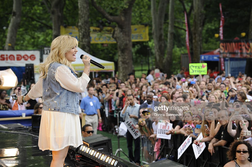 AMERICA - Demi Lovato performs live from Central Park on 'Good Morning America,' 6/28/13, airing on the ABC Television Network. (Photo by Donna Svennevik/ABC via Getty Images) ROBIN