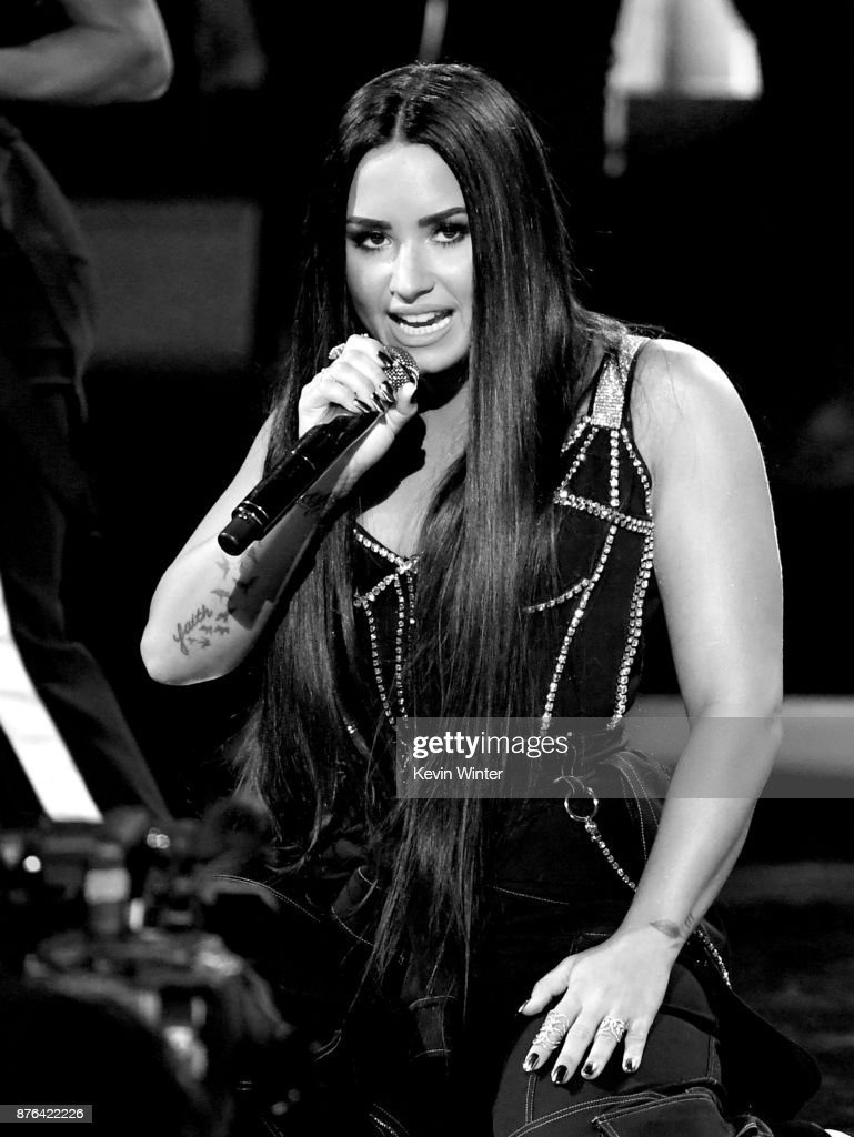 Demi Lovato performs onstage during the 2017 American Music Awards at Microsoft Theater on November 19, 2017 in Los Angeles, California.