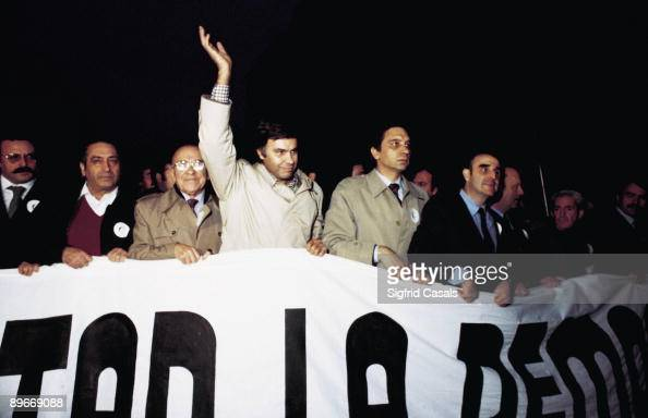 Democrat politicians in the demonstration against the coup d´etat after the 23F Among others and from the left to right Nicolas Redondo Terreros...