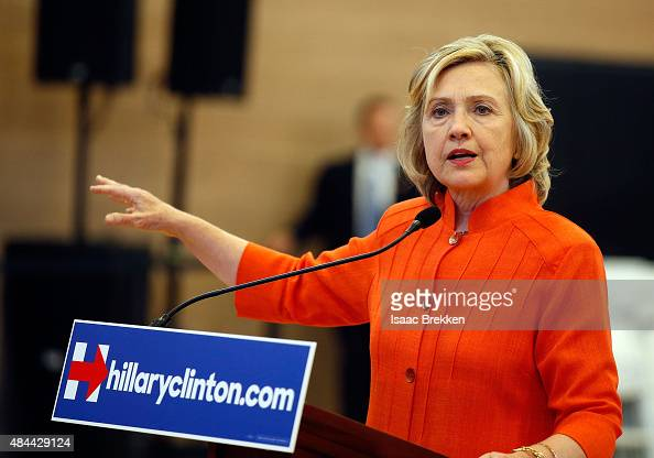 Democratic presidential candidate and former US Secretary of State Hillary Clinton answers questions from members of the media following a campaign...