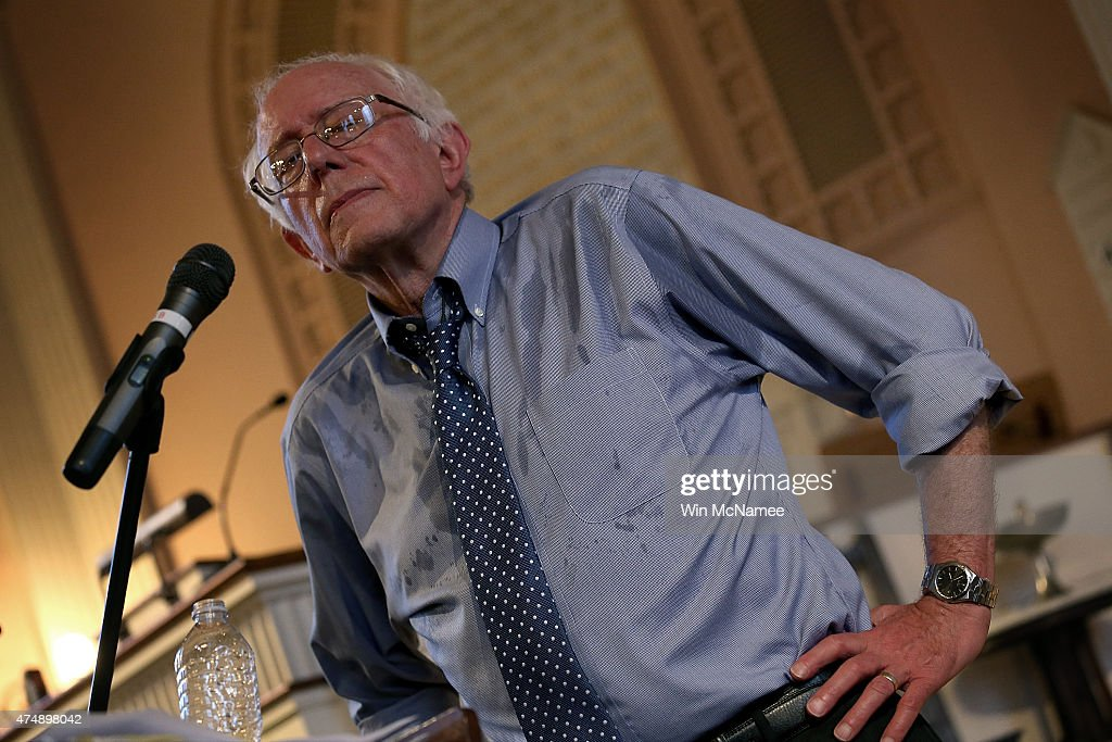 Democratic presidential candidate and U.S. Sen. Bernie Sanders (I-VT) delivers remarks at a town meeting at the South Church May 27, 2015 in Portsmouth, New Hampshire. Sanders officially declared his candidacy yesterday and will run as a Democrat in the presidential election. He is former Secretary of State Hillary Clinton's first challenger for the Democratic nomination.