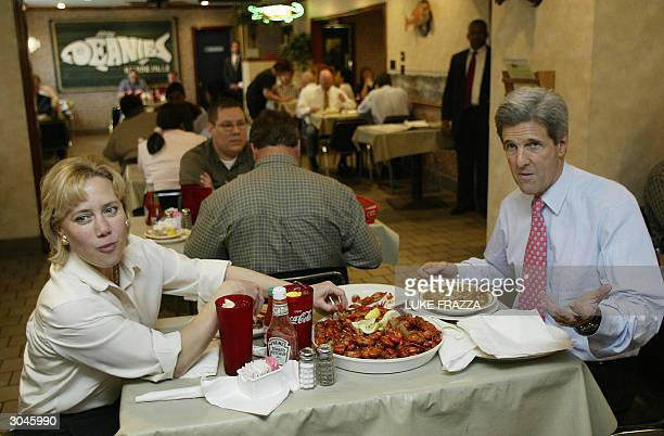 Democratic presidential candidate and US Senator John Kerry DMA and US Senator Mary Landrieu DLA eat some crawfish at Deanies Restaurant in New...