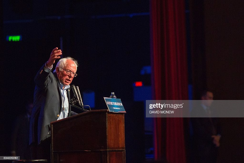 Democratic presidential candidate Bernie Sanders addresses a campaign rally at the Riverside Municipal Auditorium on May 24, 2016 in Riverside, California. US presidential candidates have turned their attention to campaigning in earnest for the June 7th California primary election. / AFP / DAVID