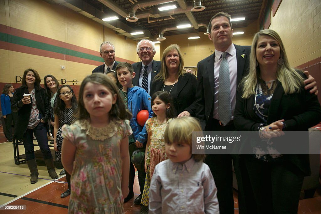 Democratic presidential candidate <a gi-track='captionPersonalityLinkClicked' href=/galleries/search?phrase=Bernie+Sanders&family=editorial&specificpeople=2908340 ng-click='$event.stopPropagation()'>Bernie Sanders</a> and his wife Jane O'Meara watch early results with his extended family and friends at his New Hampshire Primary Night watch party to begin February 9, 2016 in Concord, New Hampshire. Sanders was projected the Democratic winner shortly after the polls closed.