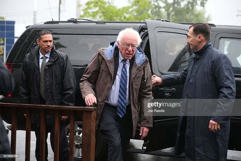 Democratic presidential candidate <a gi-track='captionPersonalityLinkClicked' href=/galleries/search?phrase=Bernie+Sanders&family=editorial&specificpeople=2908340 ng-click='$event.stopPropagation()'>Bernie Sanders</a> (D-VT) arrives at Peppy Grill for breakfast at Peppy Grill on May 3, 2016 in Indianapolis, Indiana. Indiana voters went to the polls today as they decide who to cast their ballot for during the states primary election.