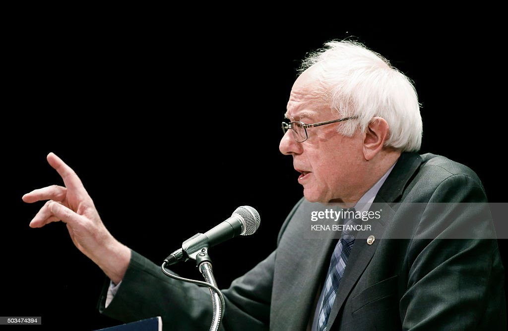 Democratic presidential candidate Bernie Sanders delivers a major policy address on Wall Street reform in New York on January 5, 2016.
