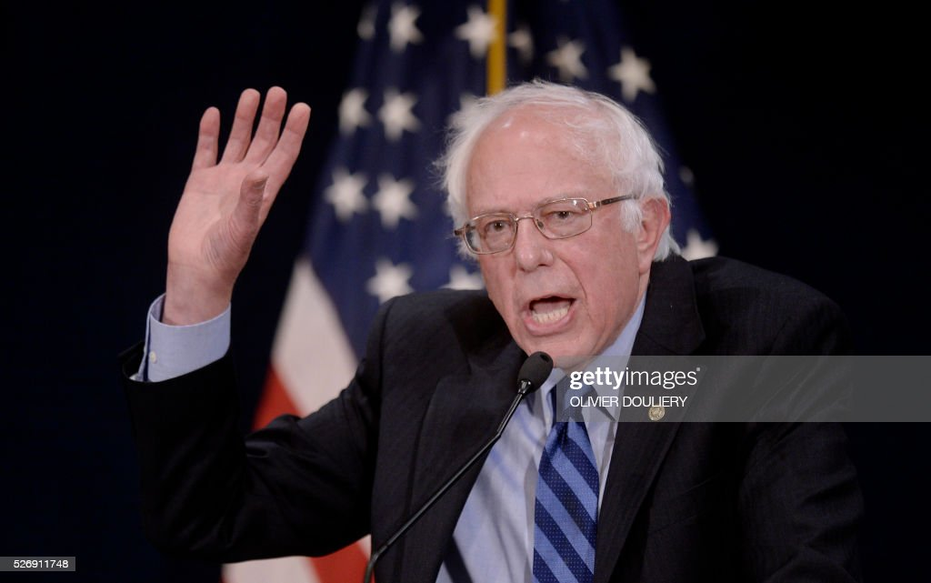 Democratic presidential candidate Bernie Sanders speaks during a press conference at the National Press Club, on May 1, 2016 in Washington DC. / AFP / Olivier Douliery