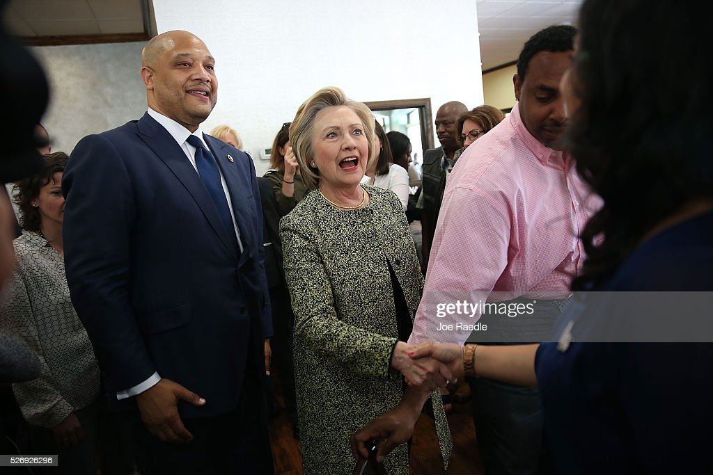 Democratic presidential candidate Hillary Clinton greets people at the Lincoln Square pancake house as she campaign for votes on May 1, 2016 in Indianapolis, Indiana. Presidential candidates continue to campaign across the state leading up to Indiana's primary day on May 3.