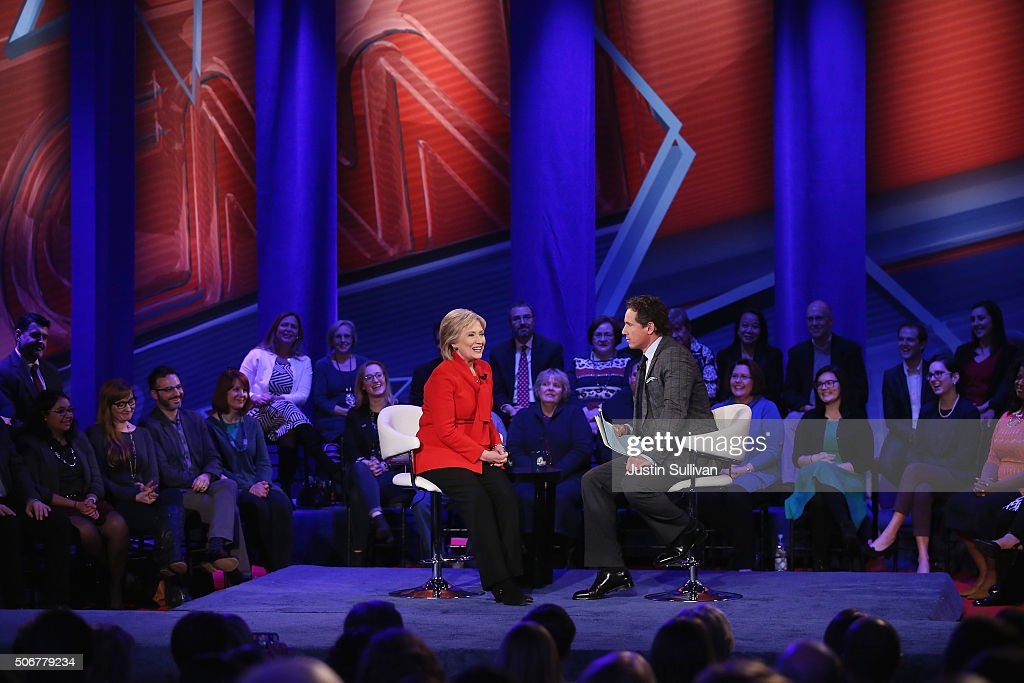 Democratic presidential candidate Hillary Clinton (L) participates with moderator Chris Cuomo in a town hall forum hosted by CNN at Drake University on January 25, 2016 in Des Moines, Iowa. Clinton is in Iowa trying to gain support in front of the states Feb. 1 caucuses.