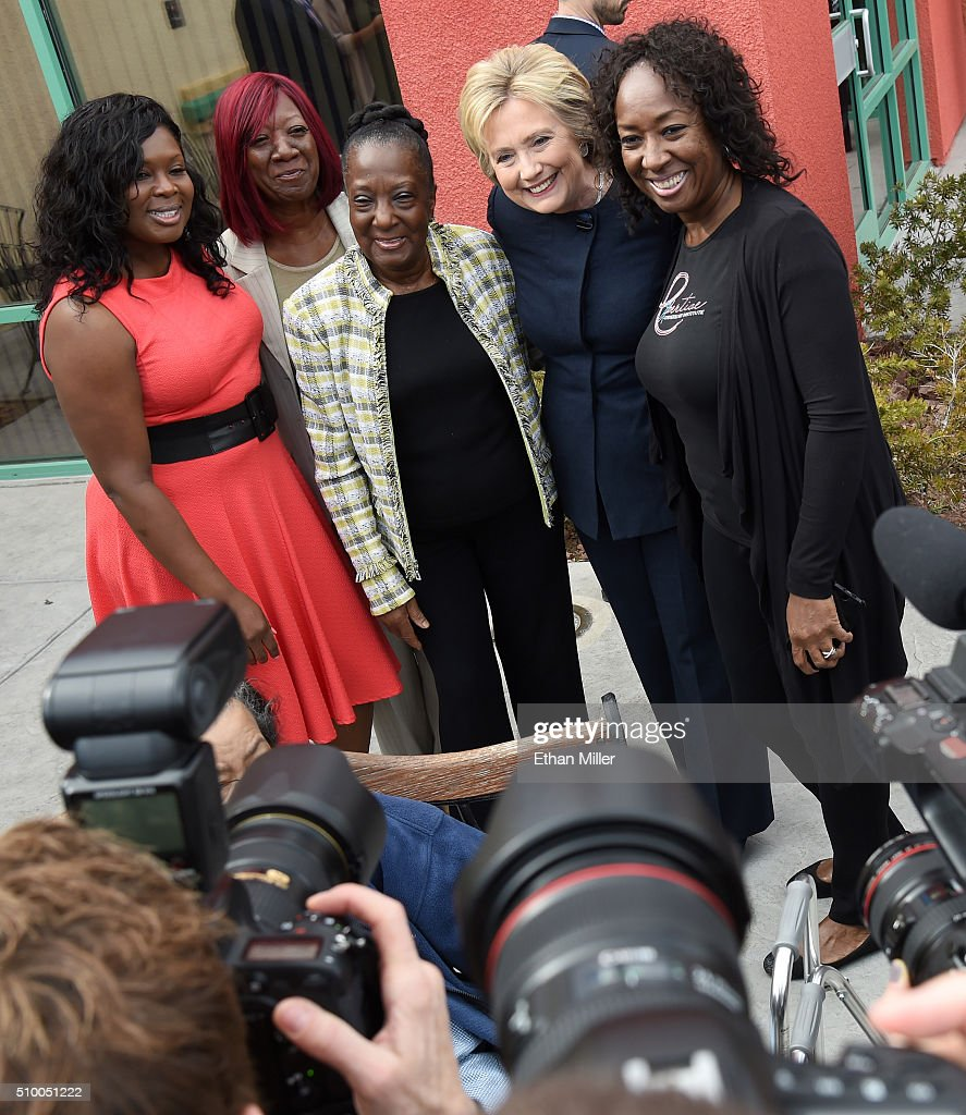 Democratic presidential candidate <a gi-track='captionPersonalityLinkClicked' href=/galleries/search?phrase=Hillary+Clinton&family=editorial&specificpeople=76480 ng-click='$event.stopPropagation()'>Hillary Clinton</a> (2nd R) poses for a photo with people outside a beauty school on February 13, 2016 in Las Vegas, Nevada. Clinton is challenging Sen. Bernie Sanders for the Democratic presidential nomination ahead of Nevada's Feb. 20 Democratic caucus.