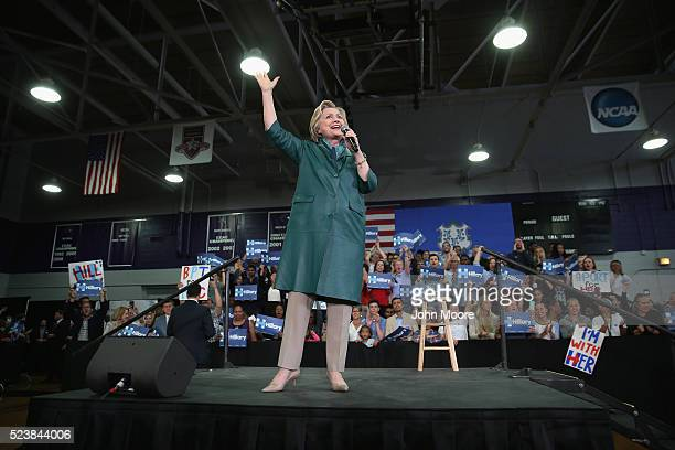 Democratic Presidential candidate Hillary Clinton speaks at a campaign rally in a gym on April 24 2016 in Bridgeport Connecticut Candidates are...