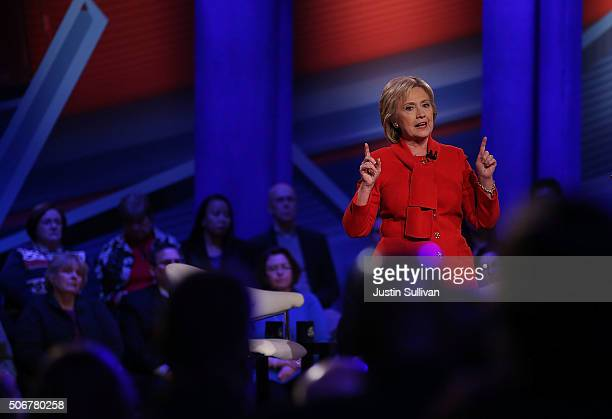 Democratic presidential candidate Hillary Clinton speaks during a town hall forum hosted by CNN at Drake University on January 25 2016 in Des Moines...