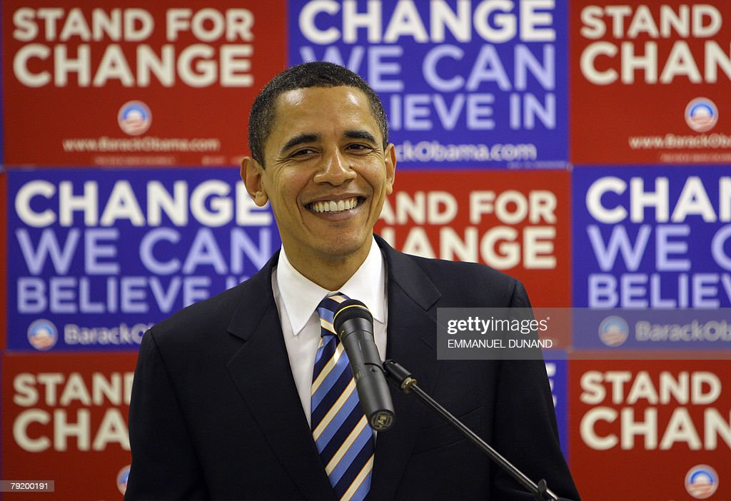 US Democratic presidential candidate Illinois Senator Barack Obama addresses a press conference after a rally at Kingstree Senior High in Kingstree, South Carolina, 24 January 2008. Obama is on the campaign trail ahead of the South Carolina primary vote scheduled for 26 January. AFP PHOTO/Emmanuel DUNAND
