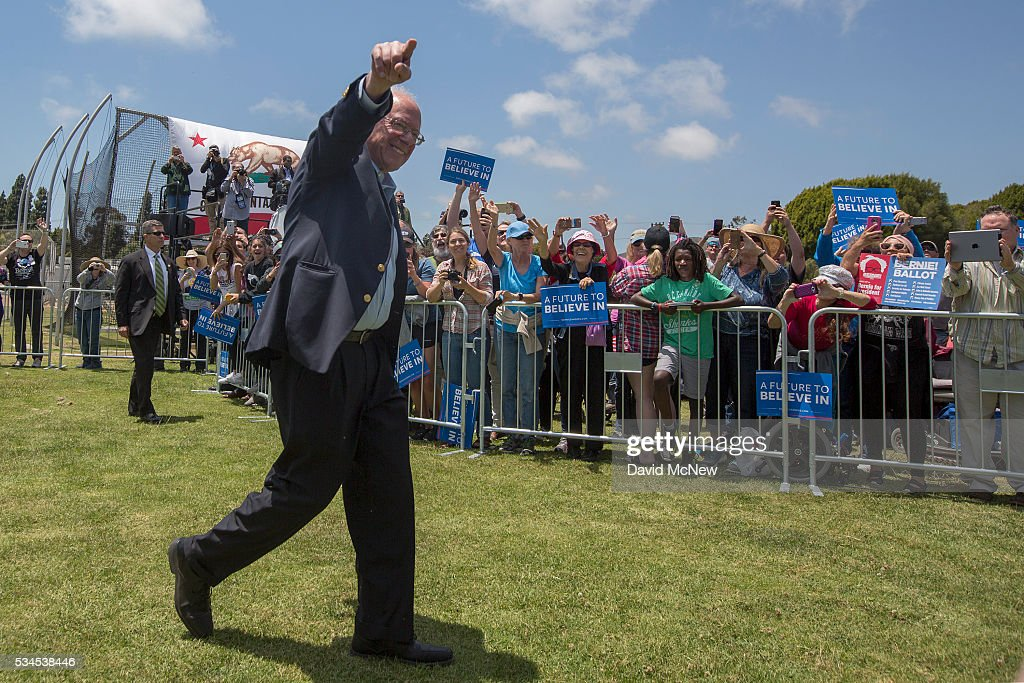 Democratic presidential candidate, Sen. <a gi-track='captionPersonalityLinkClicked' href=/galleries/search?phrase=Bernie+Sanders&family=editorial&specificpeople=2908340 ng-click='$event.stopPropagation()'>Bernie Sanders</a> (D-VT) arrives for a campaign rally at Ventura College on May 26, 2016 in Ventura, California. The California primary is June 7.