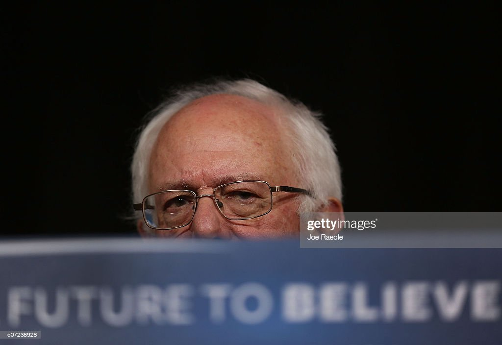 Democratic presidential candidate Sen. <a gi-track='captionPersonalityLinkClicked' href=/galleries/search?phrase=Bernie+Sanders&family=editorial&specificpeople=2908340 ng-click='$event.stopPropagation()'>Bernie Sanders</a> (I-VT) speaks from behind his podium during a forum at Roosevelt High School on January 28, 2016 in Des Moines, Iowa. The Democratic and Republican Iowa Caucuses, the first step in nominating a presidential candidate from each party, will take place on February 1.