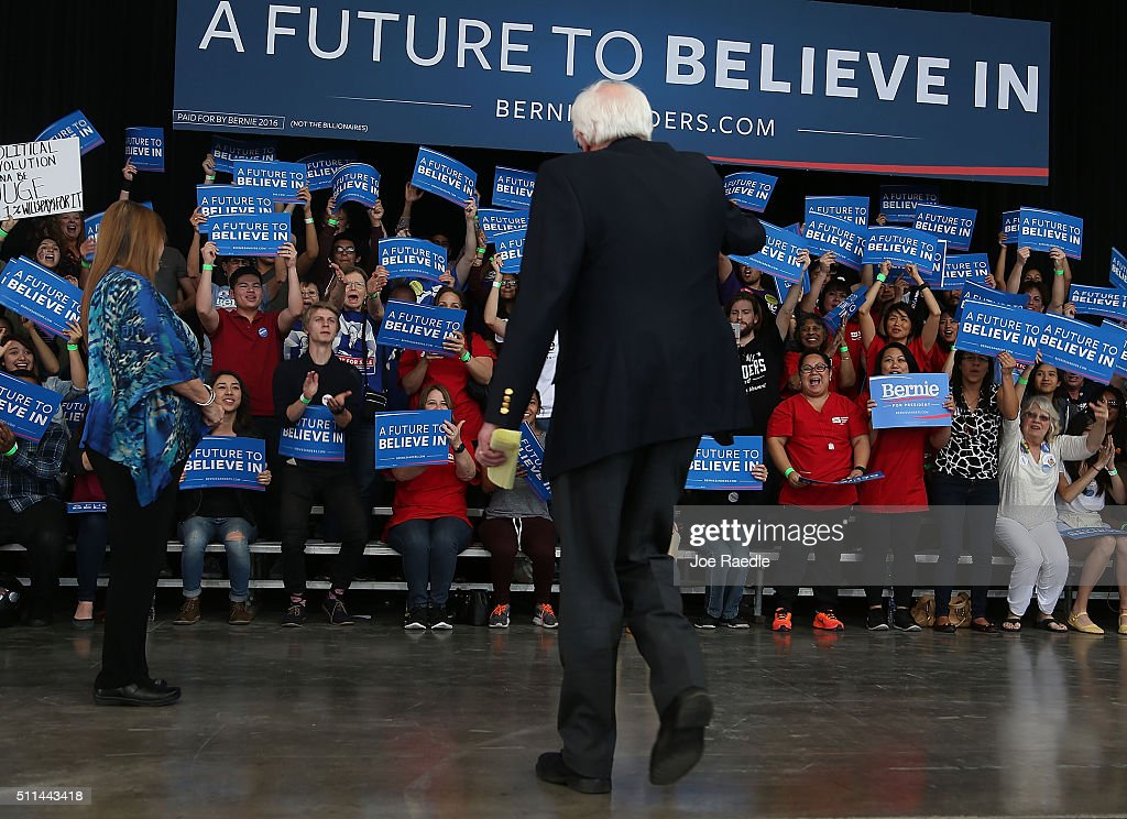Democratic presidential candidate Sen Bernie Sanders walks away after speaking during his caucus watch party at the Henderson Pavilion on February 20...