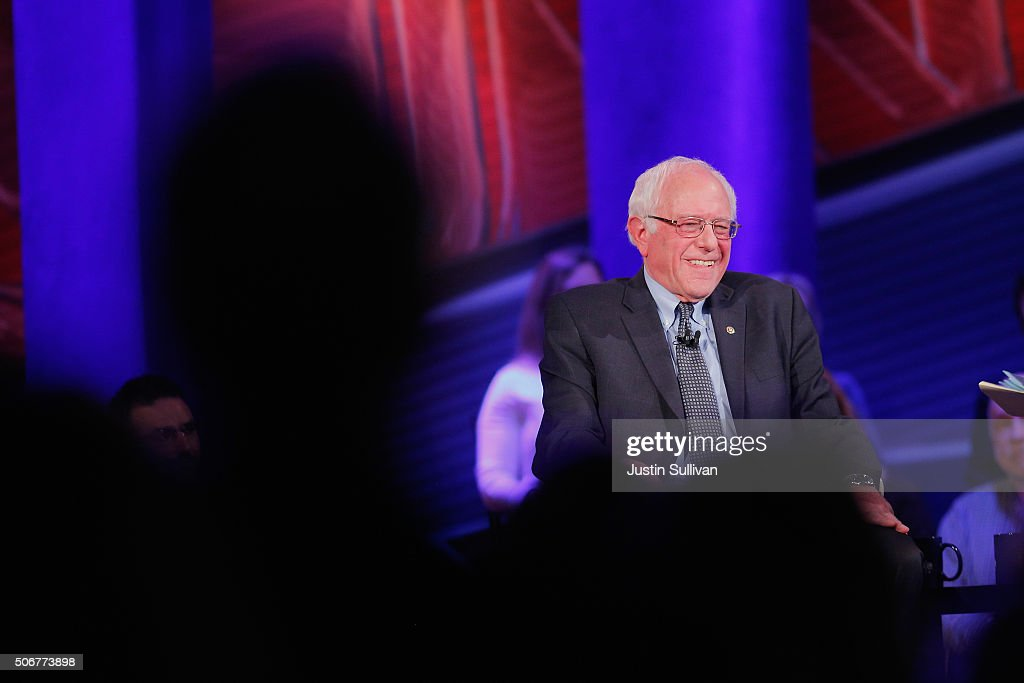 Democratic presidential candidate Senator <a gi-track='captionPersonalityLinkClicked' href=/galleries/search?phrase=Bernie+Sanders&family=editorial&specificpeople=2908340 ng-click='$event.stopPropagation()'>Bernie Sanders</a> (I-VT) participates in a town hall forum hosted by CNN at Drake University on January 25, 2016 in Des Moines, Iowa. Sanders is in Iowa trying to gain support in front of the states Feb. 1 caucuses.