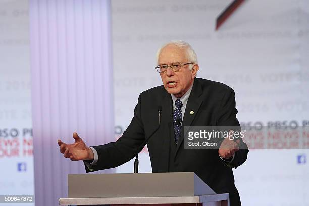 Democratic presidential candidate Senator Bernie Sanders participates in the PBS NewsHour Democratic presidential candidate debate at the University...