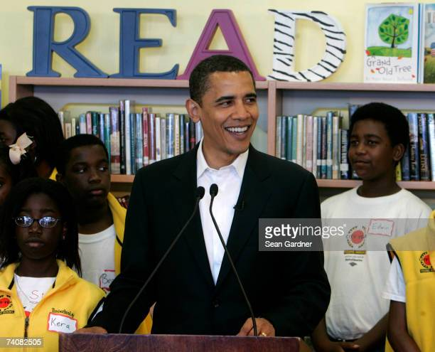 Democratic presidential candidate US Sen Barack Obama visits Pierre A CapdauUNO Charter School May 5 2007 in New Orleans Louisiana Obama visited the...