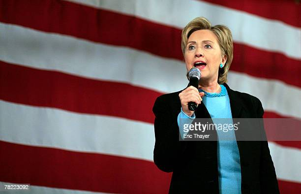 Democratic presidential hopeful Sen Hillary Clinton speaks at a campaign event December 3 2007 in Sioux City Iowa Iowa will hold the nation's first...