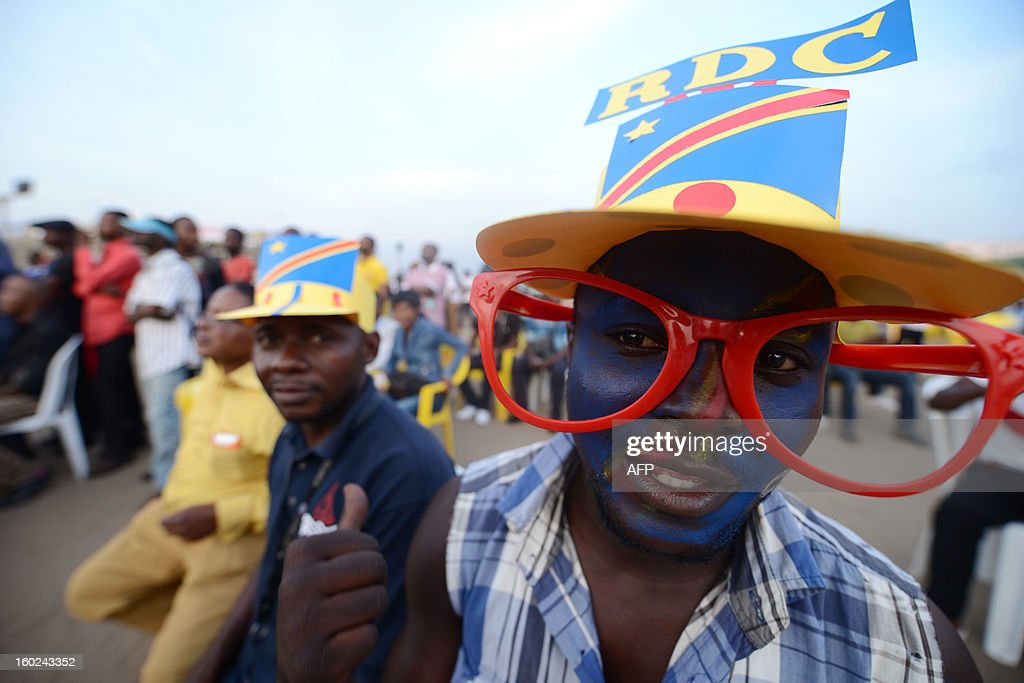 Democratic Republic of Congo's fans watch the Africa Cup of Nations 2013 football match Mali vs Democratic Republic of Congo on a giant screen in Kinshasa on January 28, 2013. AFP PHOTO / JUNIOR D KANNAH