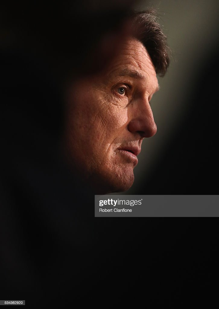 Demons coach <a gi-track='captionPersonalityLinkClicked' href=/galleries/search?phrase=Paul+Roos+-+Calciatore&family=editorial&specificpeople=193840 ng-click='$event.stopPropagation()'>Paul Roos</a> speaks to the media during a Melbourne Demons AFL press conference at AAMI Park on May 26, 2016 in Melbourne, Australia.