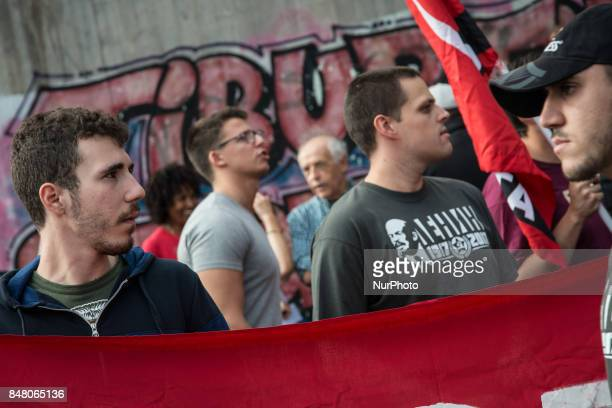 Demonstration against the degradation of the neighborhood maintenance of popular houses Ater reopening commecial exercises maintenance and services...
