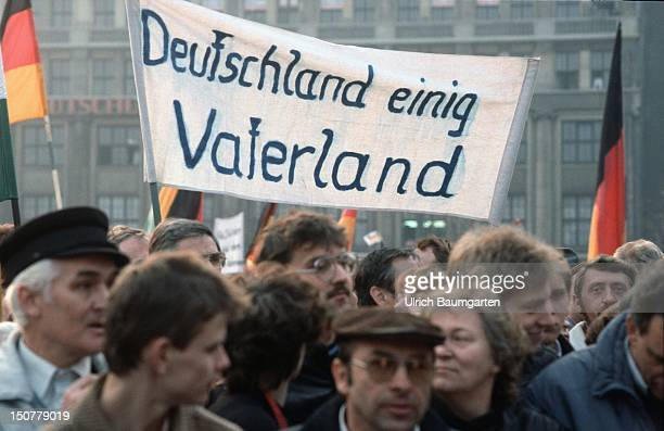 Demonstration for the German reunification