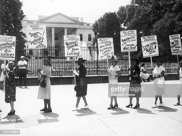 Demonstration Of The Black'S Representatives Against The Lynching Of Monroe In Washington In 1946