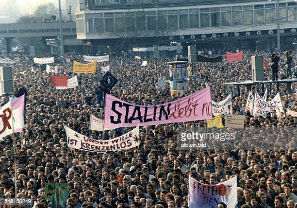 Demonstrations in East Germany 1989 Demonstration of about 750000 people for political reforms at Alexanderplatz Square East Berlin