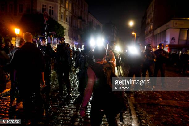 A demonstrator argues with the police in Hamburg on July 8 2017 Aer the police had cleared a lot of peaceful people in front of the Rote Flora there...