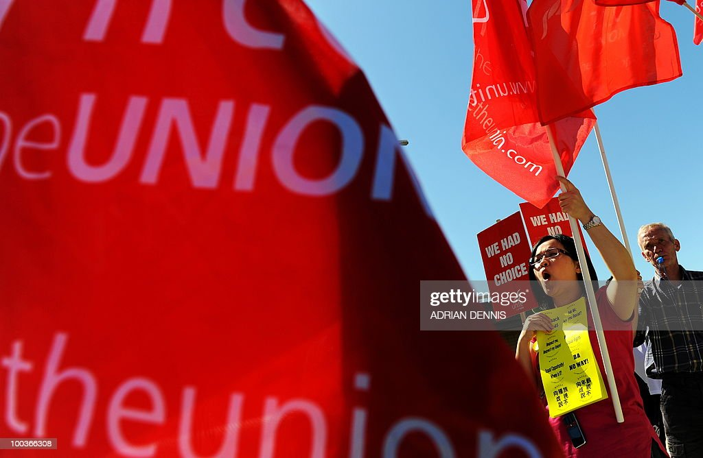 A demonstrator on a British Airways cabin crew picket line protests during the first day of a five-day strike near Heathrow Airport, west of London, on May 24, 2010. Thousands of air travellers faced renewed travel chaos on Monday as British Airways cabin crew launched a five-day strike, after last-ditch negotiations collapsed. AFP PHOTO/Adrian Dennis