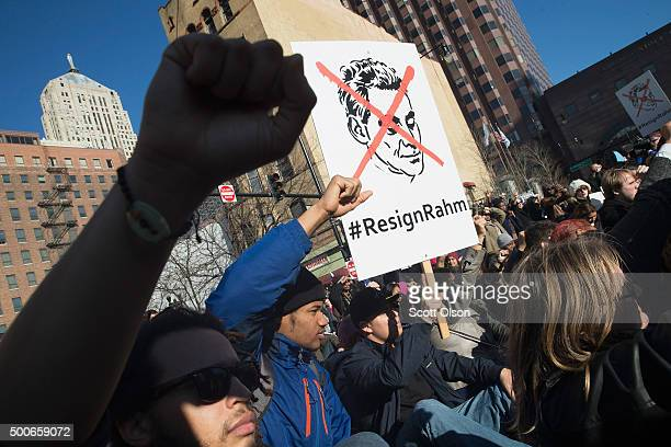 Demonstrators block downtown access to freeways on December 9 2015 in Chicago Illinois About 1000 protestors calling for the resignation of Chicago...