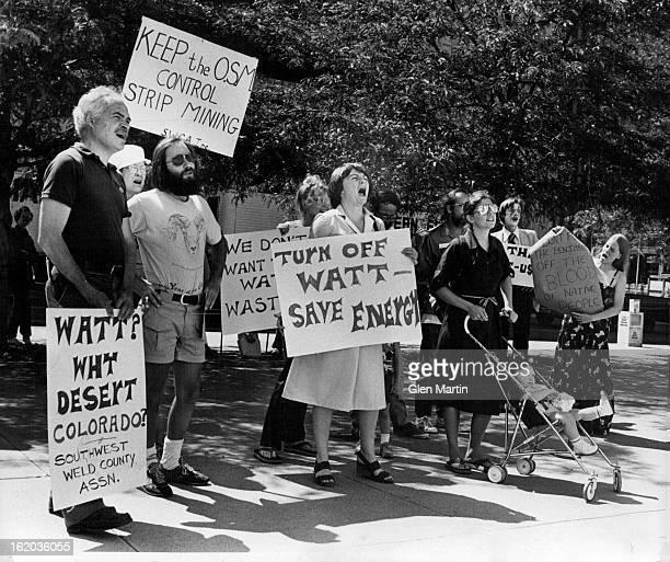 JUN 5 1981 JUN 6 1981 Demonstrators Boo Name Of Interior Secretary Watt Demonstrators at the Main Post Office respond with varying degrees of...