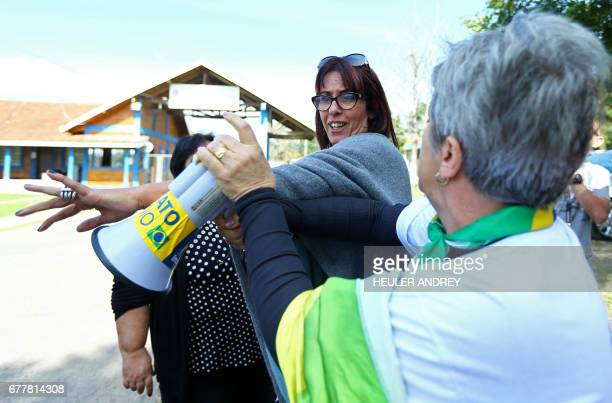 Demonstrators for and against the release from prison of former Brazilian politician and the chief of staff to Lula da Silva's administration Jose...