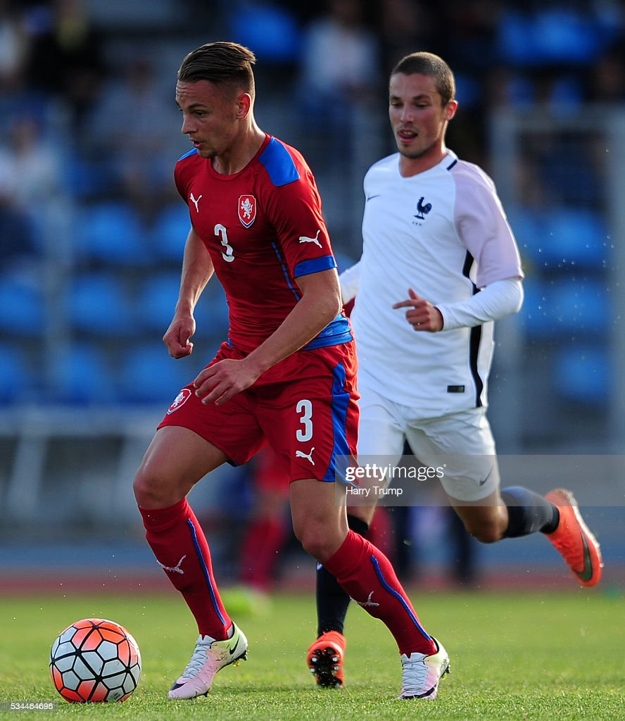 Denis Granecny of Czech Repbulic is tackled by Maximi D'Arpino of France during the Toulon Tournament match between France and Czech Republic at the Stade Leo Lagrange on May 26, 2016 in Toulon, France.