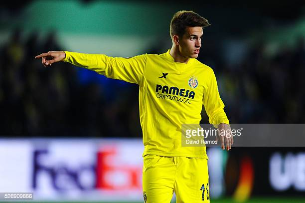 VILLARREAL SPAIN APRIL 28 Denis Suarez of Villarreal CF reacts during the UEFA Europa League semi final first leg match between Villarreal CF and...