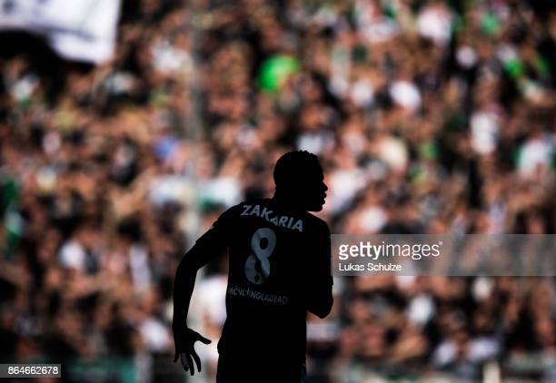 Denis Zakaria of Moenchengladbach in action during the Bundesliga match between Borussia Moenchengladbach and Bayer 04 Leverkusen at BorussiaPark on...
