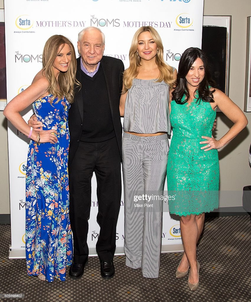 Denise Albert, director <a gi-track='captionPersonalityLinkClicked' href=/galleries/search?phrase=Garry+Marshall+-+Film+Director&family=editorial&specificpeople=204633 ng-click='$event.stopPropagation()'>Garry Marshall</a>, actress <a gi-track='captionPersonalityLinkClicked' href=/galleries/search?phrase=Kate+Hudson&family=editorial&specificpeople=156407 ng-click='$event.stopPropagation()'>Kate Hudson</a>, and Melissa Gerstein attend the Mamarazzi screening of 'Mother's Day' at Elinor Bunin Munroe Film Center on April 28, 2016 in New York City.