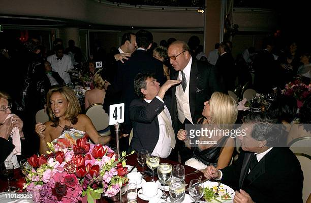 Denise Rich David Foster Clive Davis and Linda Thompson
