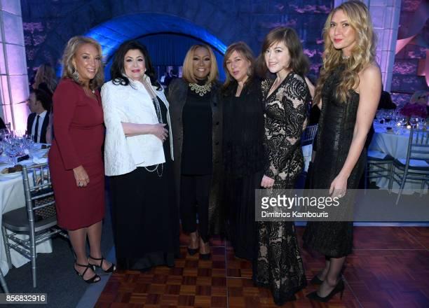 Denise Rich Debbie Cohen Patti LaBelle Lorraine Schwartz Charity Sunshine TillemannDick and Ofira Sandberg attend the Lung Transplant Project Gala...