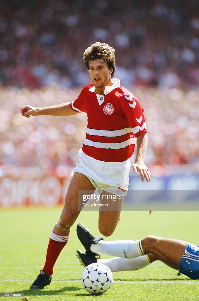 Denmark player <a gi-track='captionPersonalityLinkClicked' href=/galleries/search?phrase=Michael+Laudrup&family=editorial&specificpeople=2380115 ng-click='$event.stopPropagation()'>Michael Laudrup</a> in action during an International match against Brazil on June 18, 1989 in Copenhagen, Denmark.