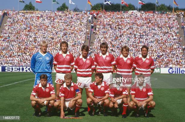Denmark team group taken prior to the UEFA European Championships 1988 Group 1 match between West Germany and Denmark held on June 14 1988 at the...