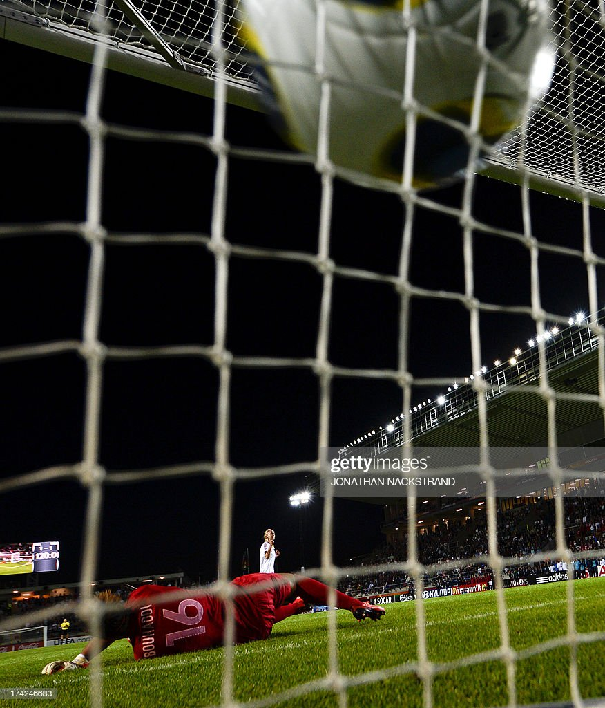 Denmark's defender Line Roddik scores past France's goalkeeper Sarah Bouhaddi during penalty shootout of the UEFA Women's European Championship Euro 2013 quarter final football match France vs Denmark on July 22, 2013 in Linkoping, Sweden. AFP PHOTO/JONATHAN NACKSTRAND