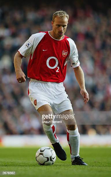 Dennis Bergkamp of Arsenal in action during the FA Barclaycard Premiership match between Arsenal and Chelsea on October 18 2003 at Highbury in London...