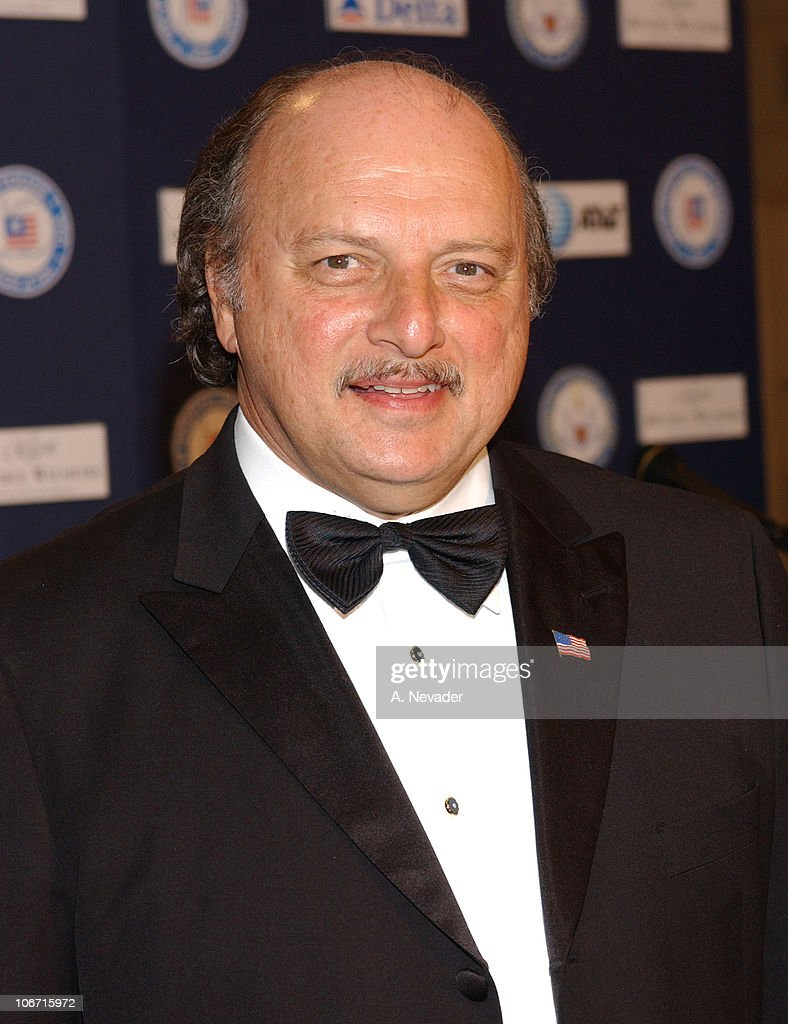 <a gi-track='captionPersonalityLinkClicked' href=/galleries/search?phrase=Dennis+Franz&family=editorial&specificpeople=214579 ng-click='$event.stopPropagation()'>Dennis Franz</a> during Hollywood Joins Military Leaders in Honoring Kris Kristofferson as Veteran of the Year at the Eighth Annual American Veteran Awards at Regent Beverly Wilshire Hotel in Beverly Hills, California, United States.