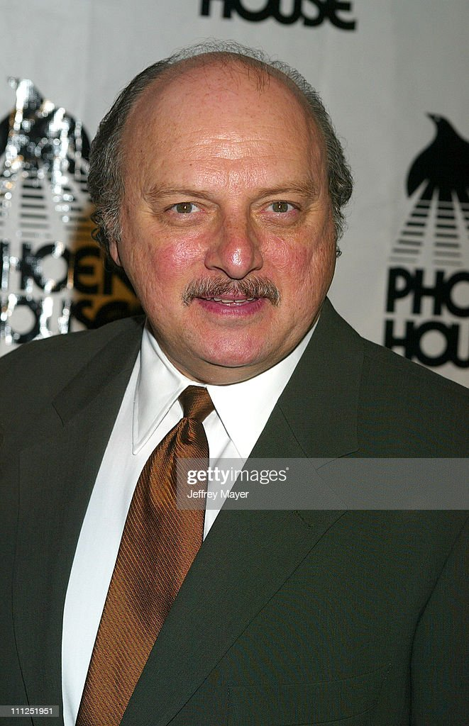 <a gi-track='captionPersonalityLinkClicked' href=/galleries/search?phrase=Dennis+Franz&family=editorial&specificpeople=214579 ng-click='$event.stopPropagation()'>Dennis Franz</a> during Phoenix House Honors 'NYPD Blue' at 2004 Achievement Award Dinner at Hotel Bel Air in Bel Air, California, United States.