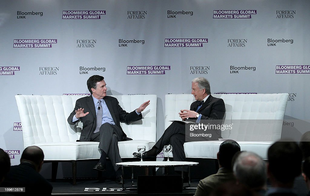 Dennis Lockhart, president and chief executive officer of the Federal Reserve Bank of Atlanta, left, speaks with Matthew Winkler, editor-in-chief at Bloomberg News, at the Bloomberg Global Markets Summit in New York, U.S., on Thursday, Jan. 17, 2013. The Bloomberg Global Markets Summit, co-hosted by Foreign Affairs Magazine and Bloomberg LINK, convenes market makers and market movers as investors map their strategy for the year ahead. Photographer: Jin Lee/Bloomberg via Getty Images