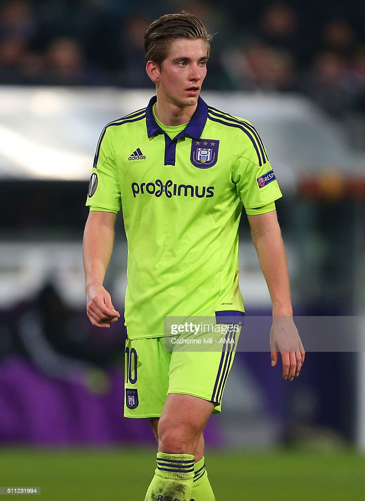 <a gi-track='captionPersonalityLinkClicked' href=/galleries/search?phrase=Dennis+Praet&family=editorial&specificpeople=8569027 ng-click='$event.stopPropagation()'>Dennis Praet</a> of Anderlecht during the UEFA Europa League match between Anderlecht and Olympiakos FC at Constant Vanden Stock Stadium on February 18, 2016 in Brussels, Belgium.