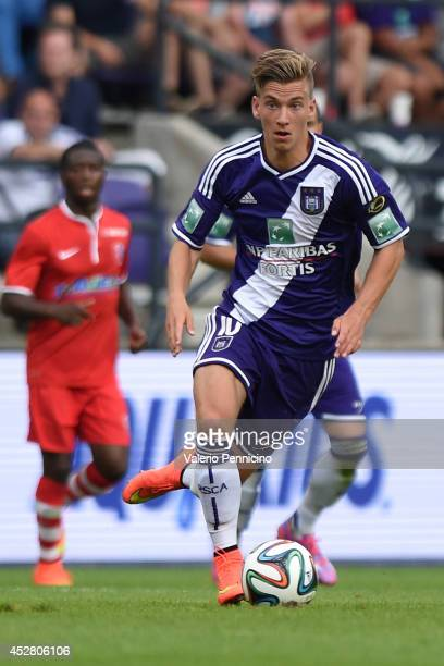 Dennis Praet of RSC Anderlecht in action during the Jupiler Pro League match between RSC Anderlecht and Royal Mouscron Peruwelz at Constant Vanden...